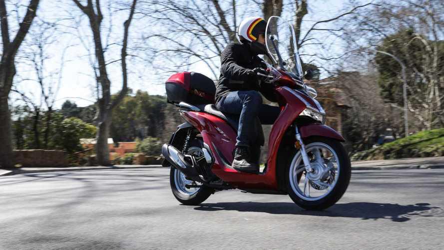 Assicurazione moto e scooter: dopo i ribassi record, i prezzi salgono