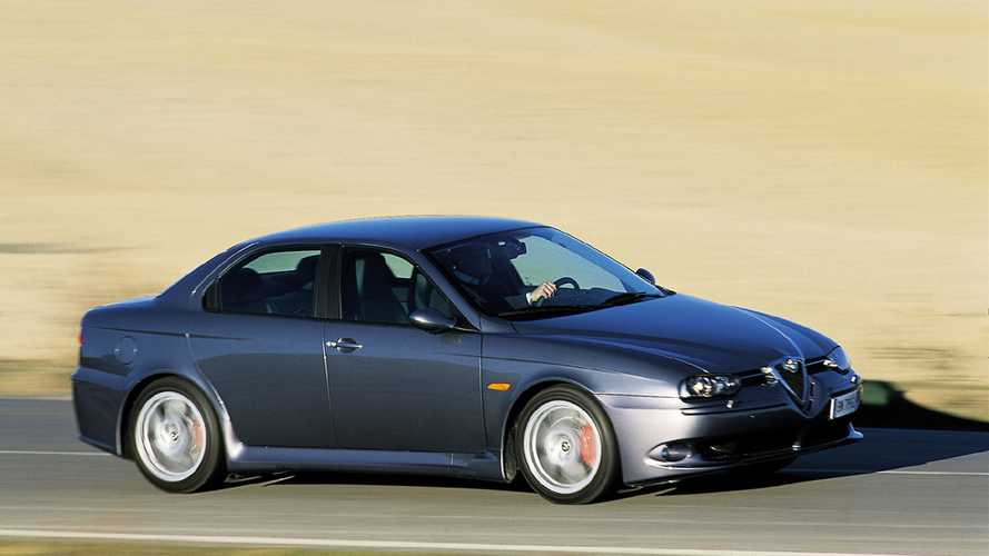 Si hoy pudiera conducir, saldría en un... Alfa Romeo 156 GTA