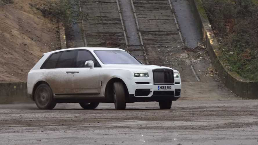 Rolls-Royce Cullinan Tries To Drift, Throws Error Message Instead