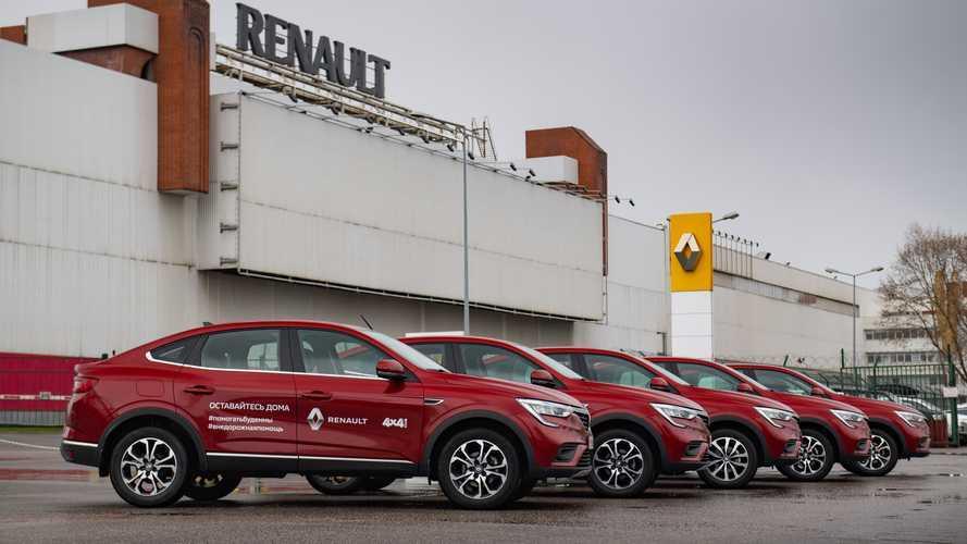 В карантин россиянам помогут добровольцы на Renault Arkana