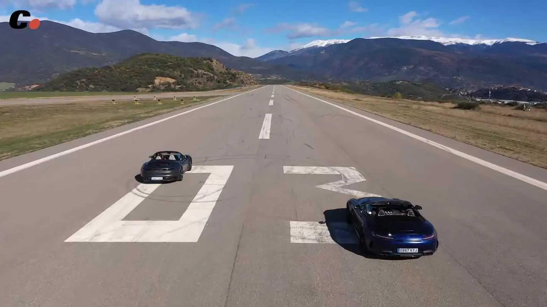 Porsche Vs Merc Drag Race Screenshot