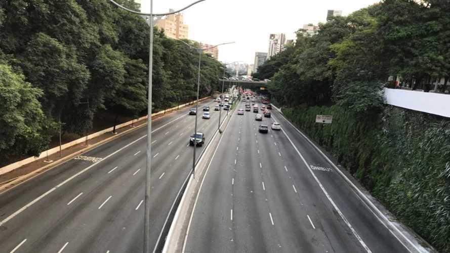 Coronavírus reduz circulação de veículos no Brasil pela metade