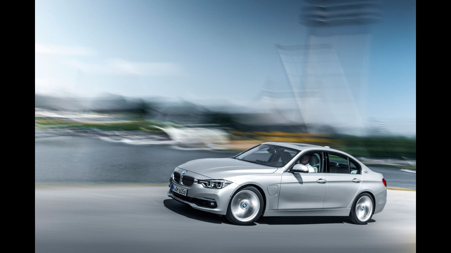BMW 330e, ecco la Serie 3 ibrida plug-in