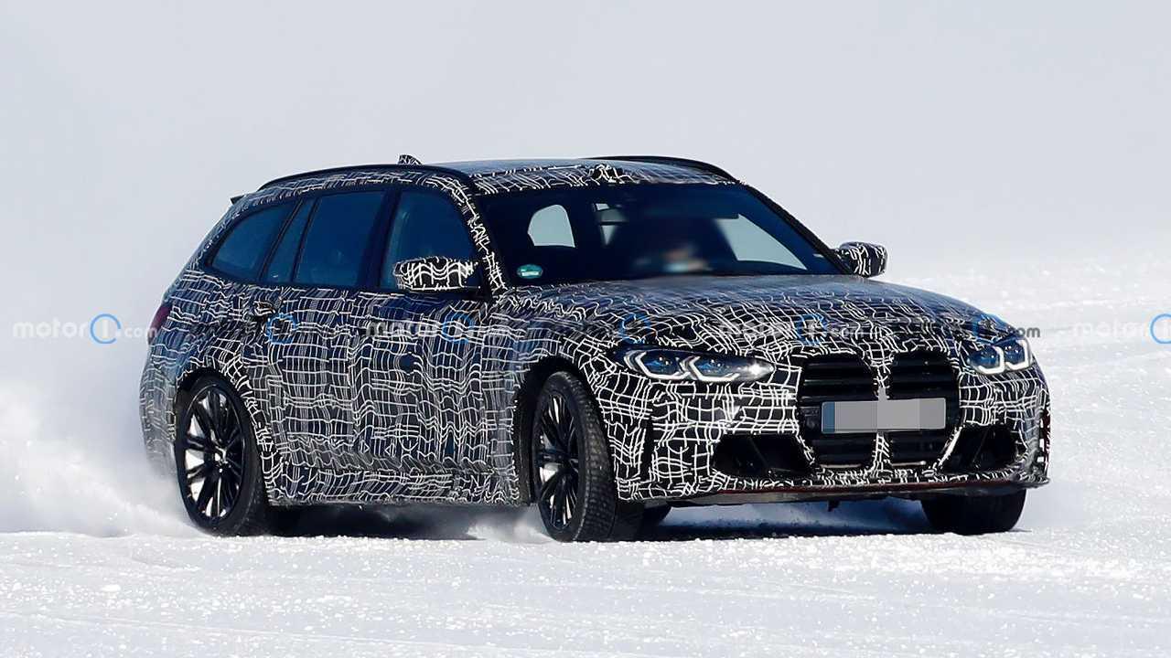 Der kommende BMW M3 Touring driftet bei Tests im Schnee