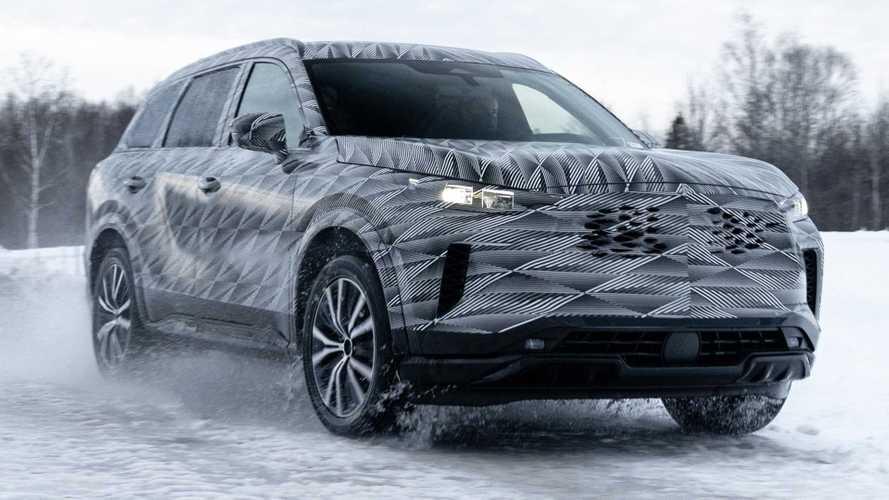 2022 Infiniti QX60 Teaser Touts High-Tech All-Wheel-Drive System