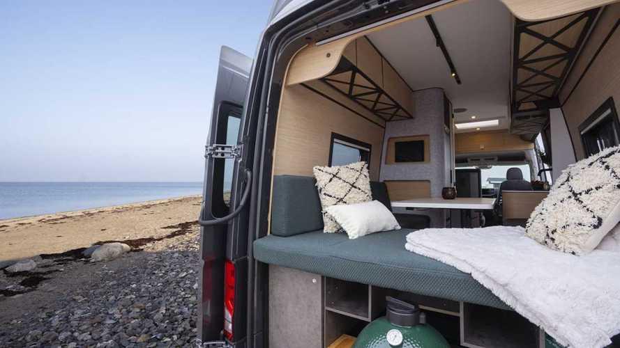 ¿Por qué esta furgoneta camper supera los 100.000 euros?