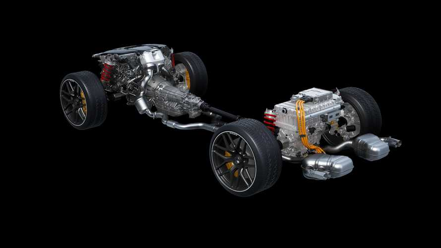 Mercedes застолбил имена для электрического G-класса