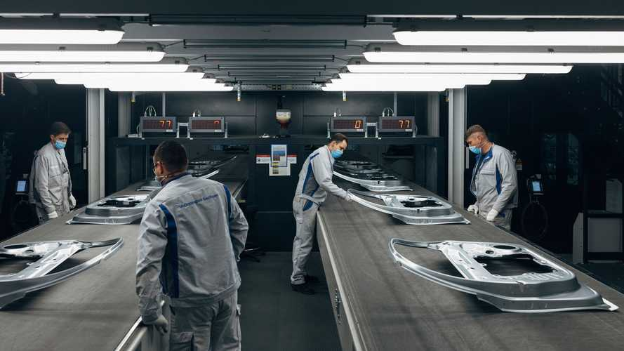 Volkswagen Cuts CO2 Emissions In Zwickau With New Press Shop