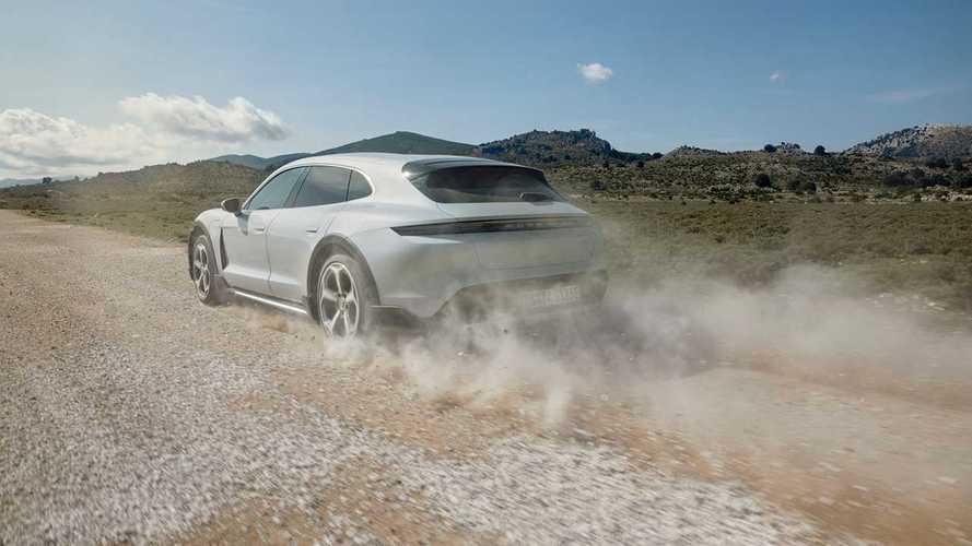Porsche Taycan Cross Turismo Bisa Diajak Off-Road Ringan