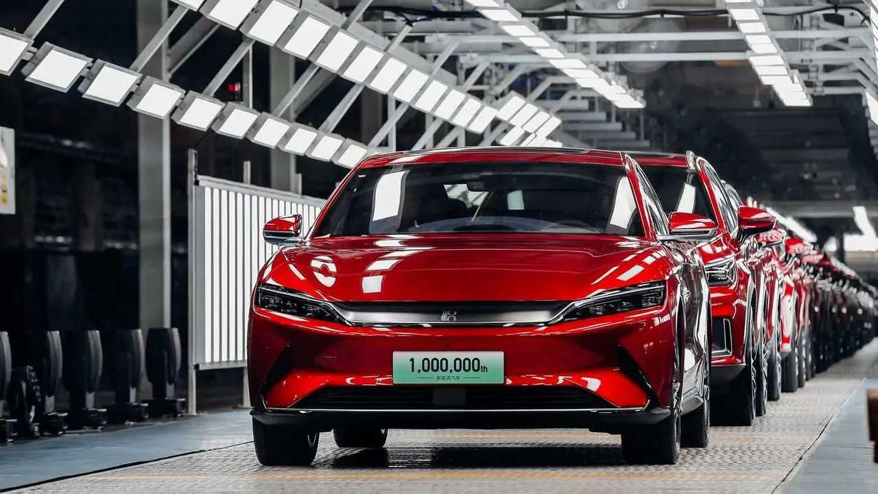 BYD - 1 milhão de carros elétricos - produção