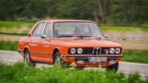 Zeitreise: Unterwegs im BMW 525 (E12)
