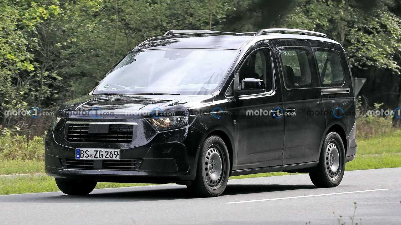 Ford Tourneo Connect Ön Cephe