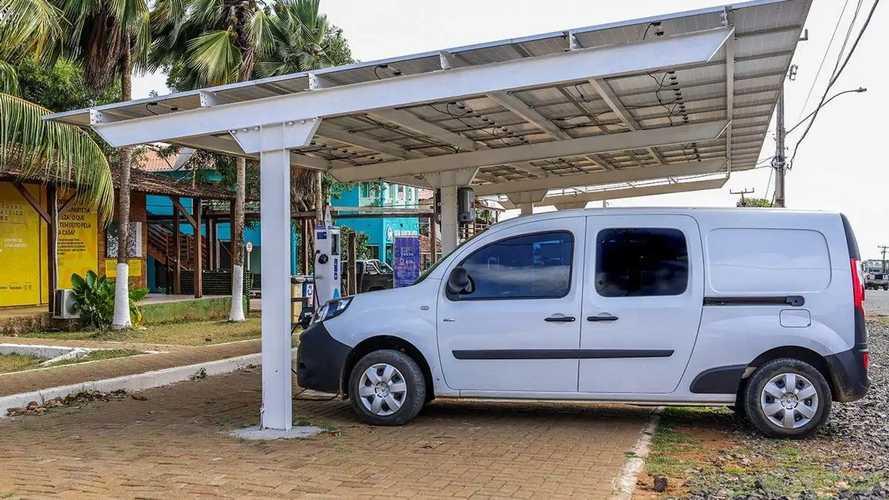 Renault - carregador solar