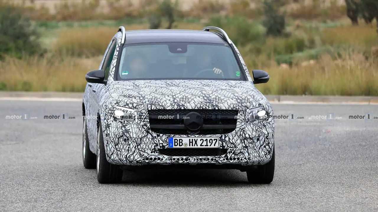 Mercedes-AMG GLB 35 Casus Fotoğraflar