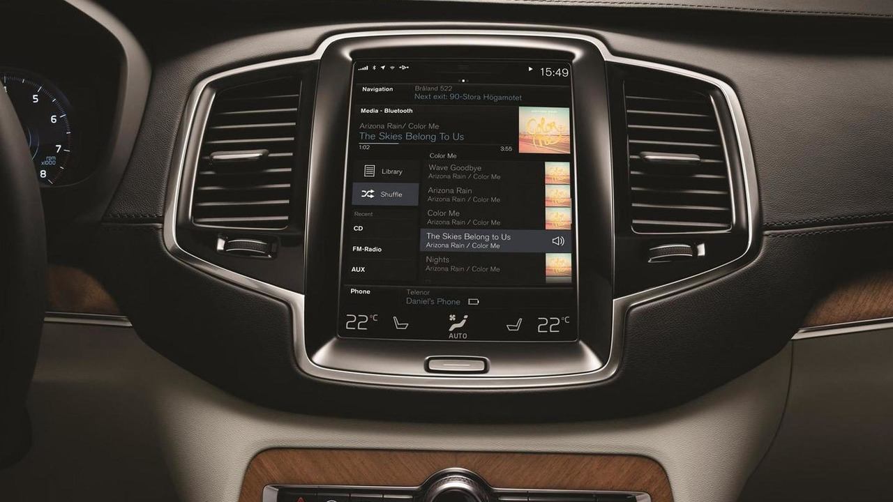 Volvo details 2015 XC90 in-car driving experience [videos]