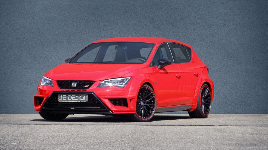 JE Design introduces their widebody kit for the Seat Leon Cupra