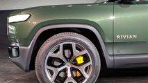 Rivian R1S elektromos SUV