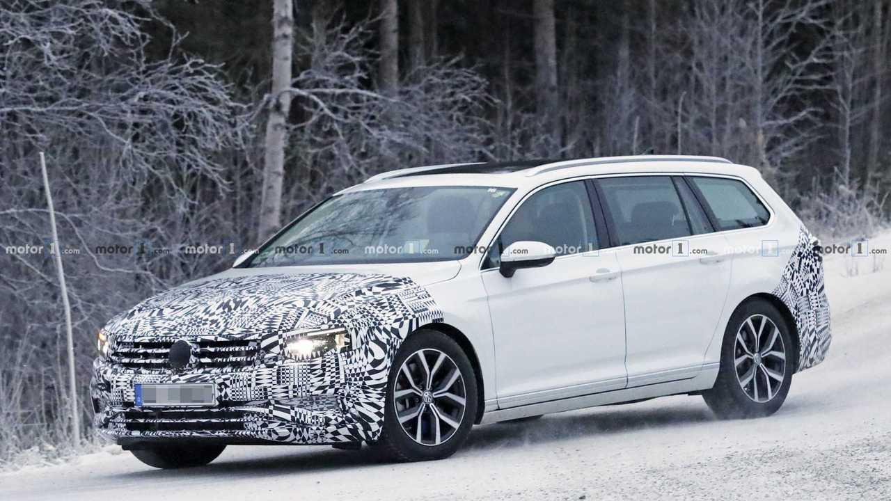 2019 VW Passat Variant casus fotoğraf