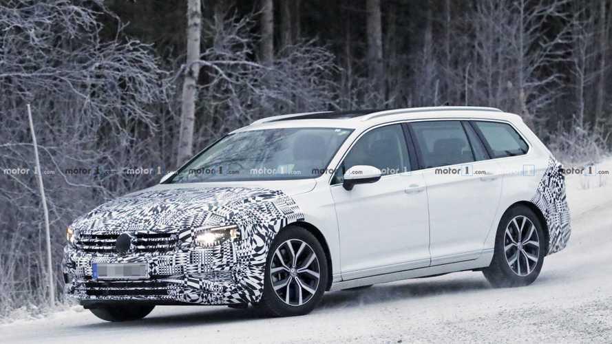 VW Passat Variant Facelift (2019): Erlkönig testet im Schnee