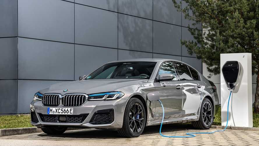 BMW 545e xDrive 2021: otro híbrido enchufable a la palestra