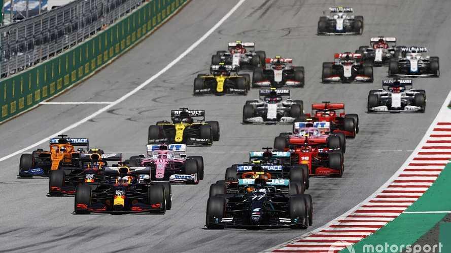 Bottas gana una carrera caótica con podio de Norris