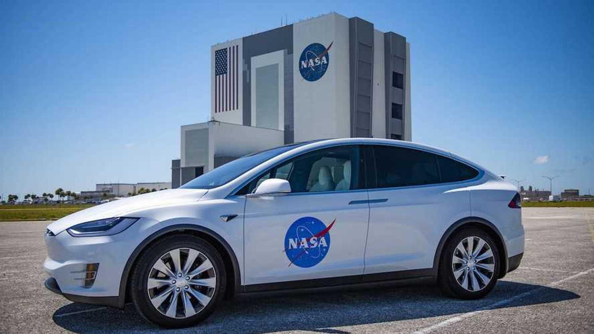 Tesla annonce être proche de la conduite autonome de niveau 5