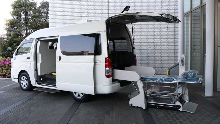 Toyota develops vehicle to transport seriously ill COVID-19 patients