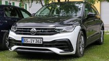 2021 VW Tiguan facelift no camouflage spy photos