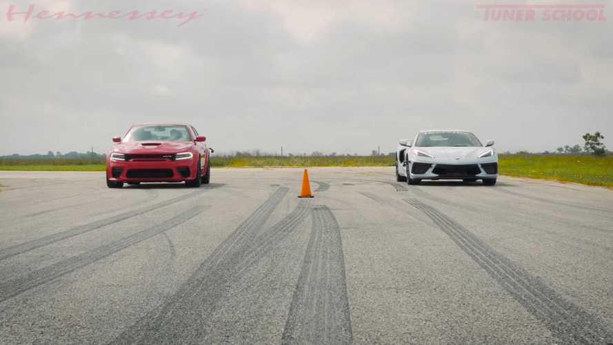 A Hennessey igazi amerikai álomderbit rendezett: Dodge Charger vs. Chevrolet Corvette C8