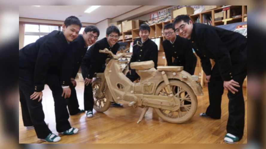 Honda Super Cub C100 Cardboard Sculpture