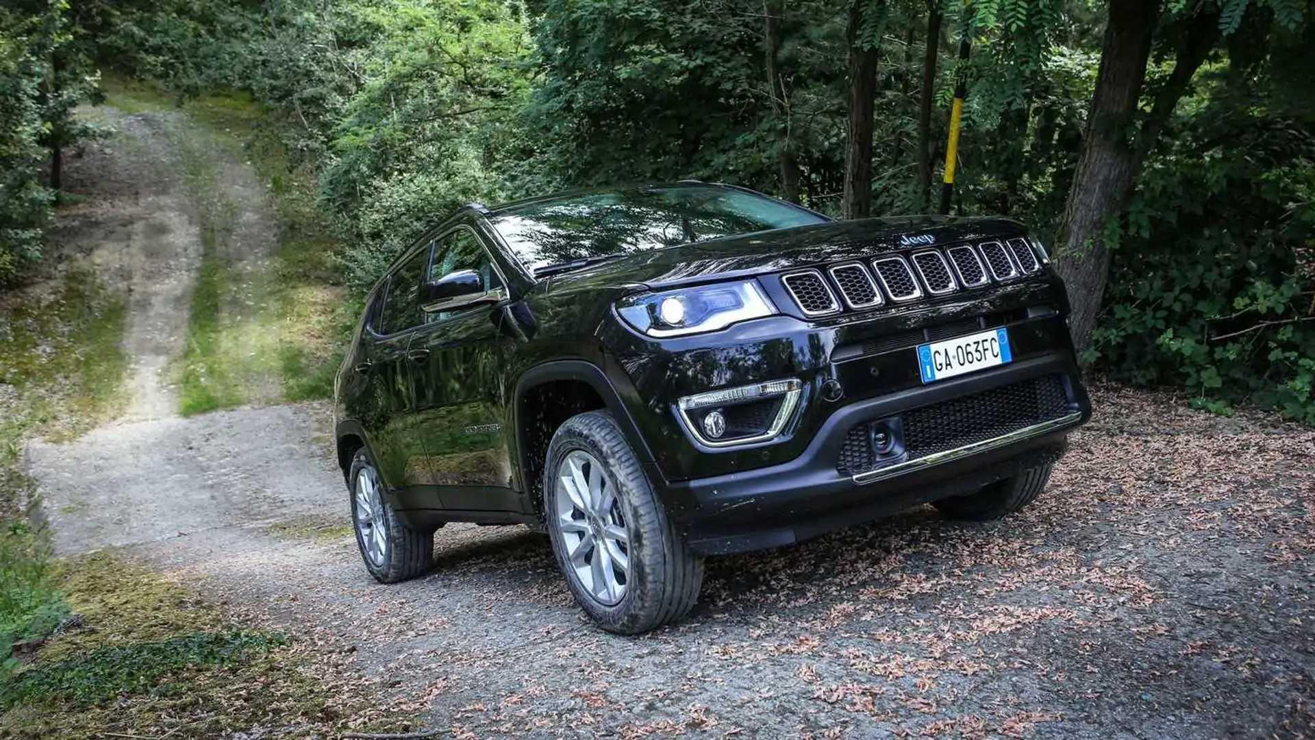 2016 - [Jeep] Compass II - Page 6 Jeep-compass-4xe