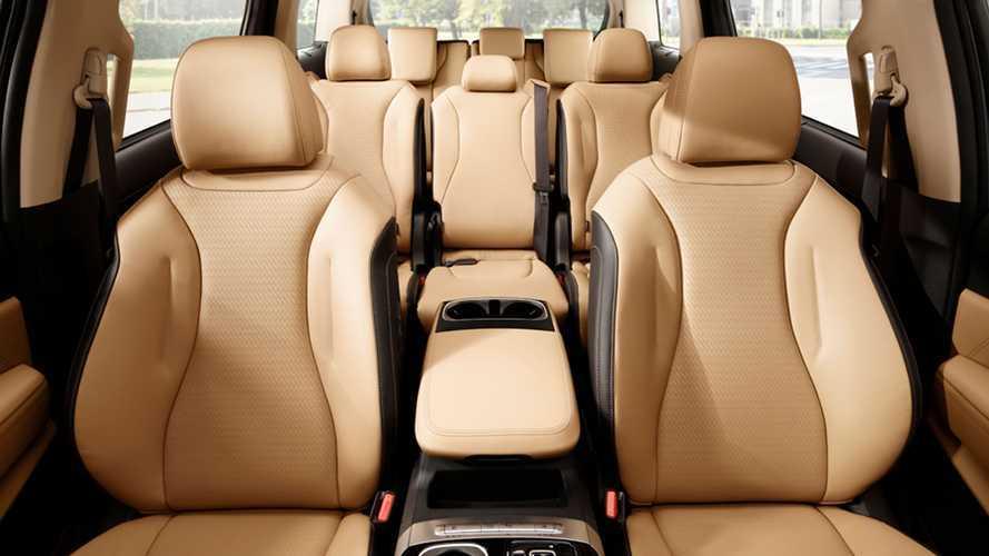 Nuova Kia Carnival, ecco il SUV a 11 posti