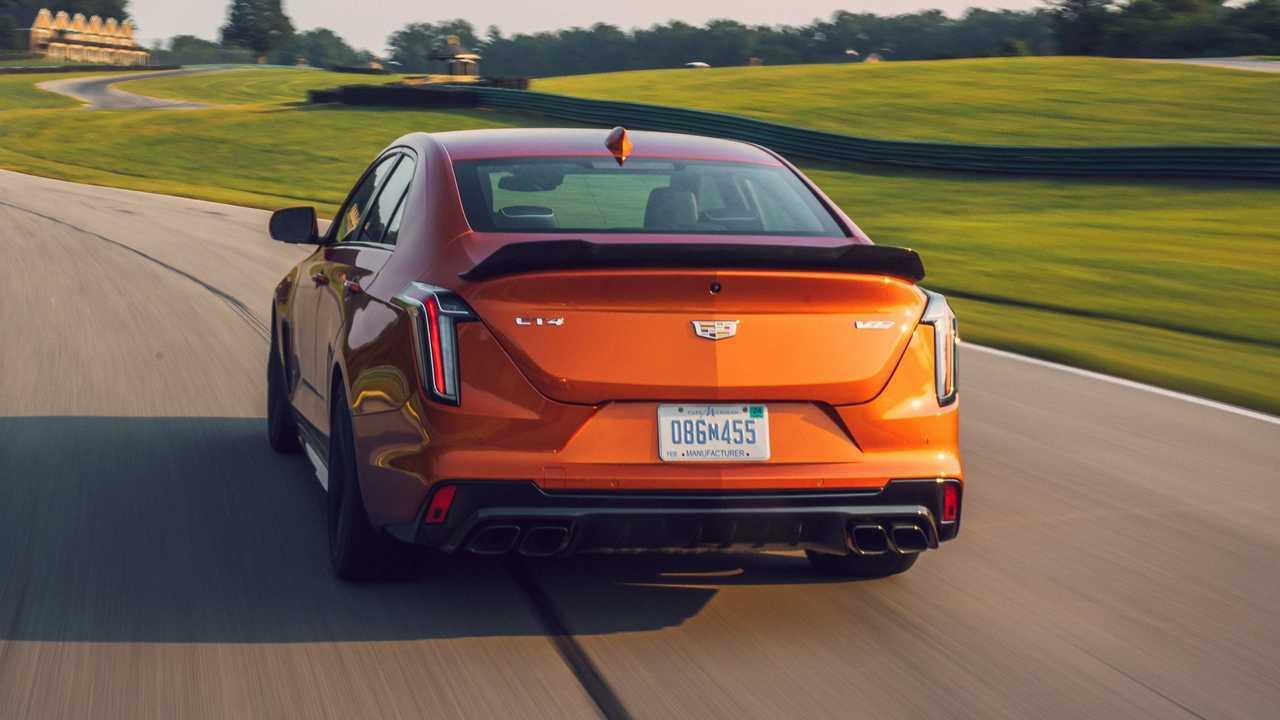 Cadillac CT4-V 2022 Blackwing exterior