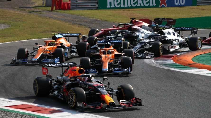 Hamilton expecting 'easy win' for Verstappen in Italian GP