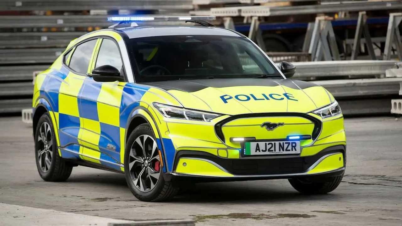 La Ford Mustang Mach-E della polizia UK