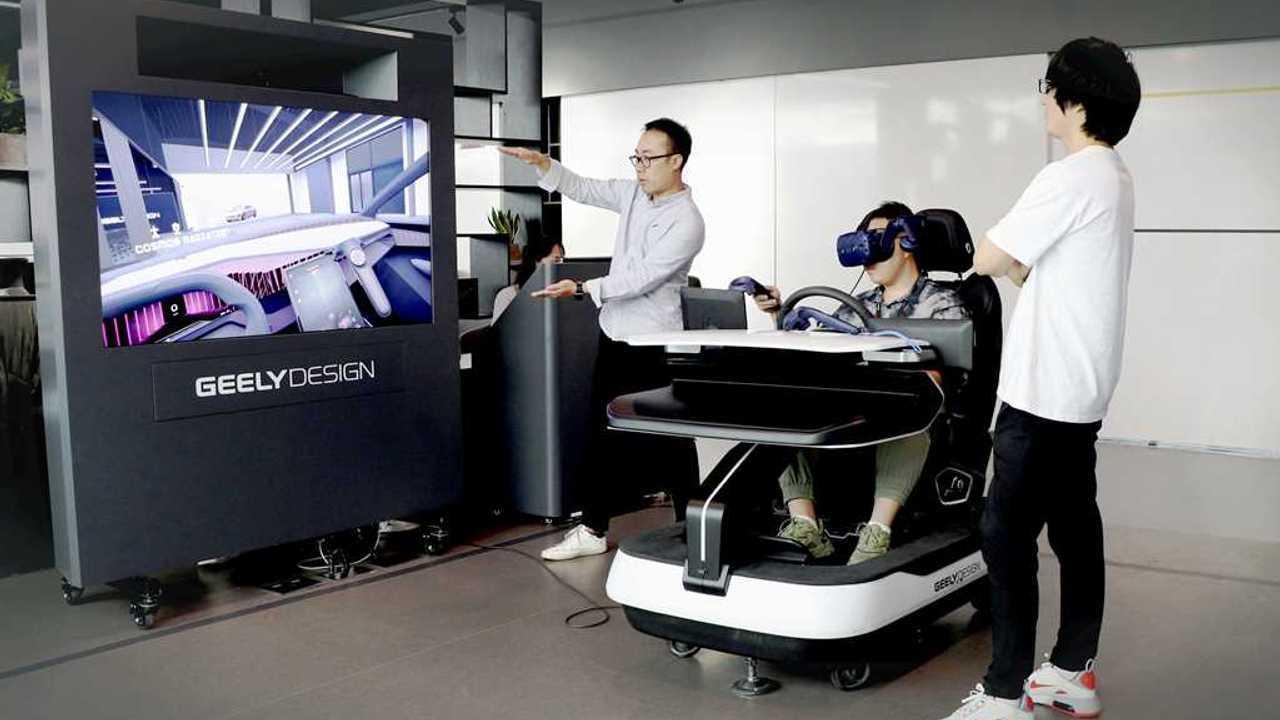 Geely gunakan teknologi VR dalam proses desain kendaraannya.