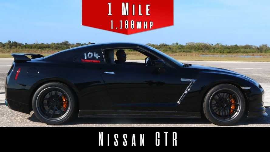 Watch This Modified Nissan GT-R Absolutely Storm To 215 MPH