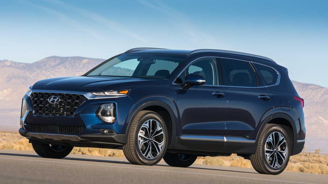 Midsize Two-Row SUV/Crossover: Hyundai Santa Fe
