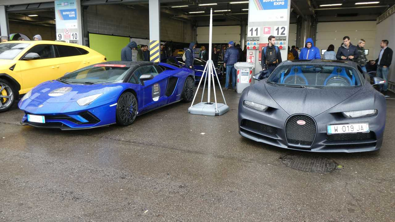 Bugatti Chiron 110 ans et Lamborghini Huracan EVO