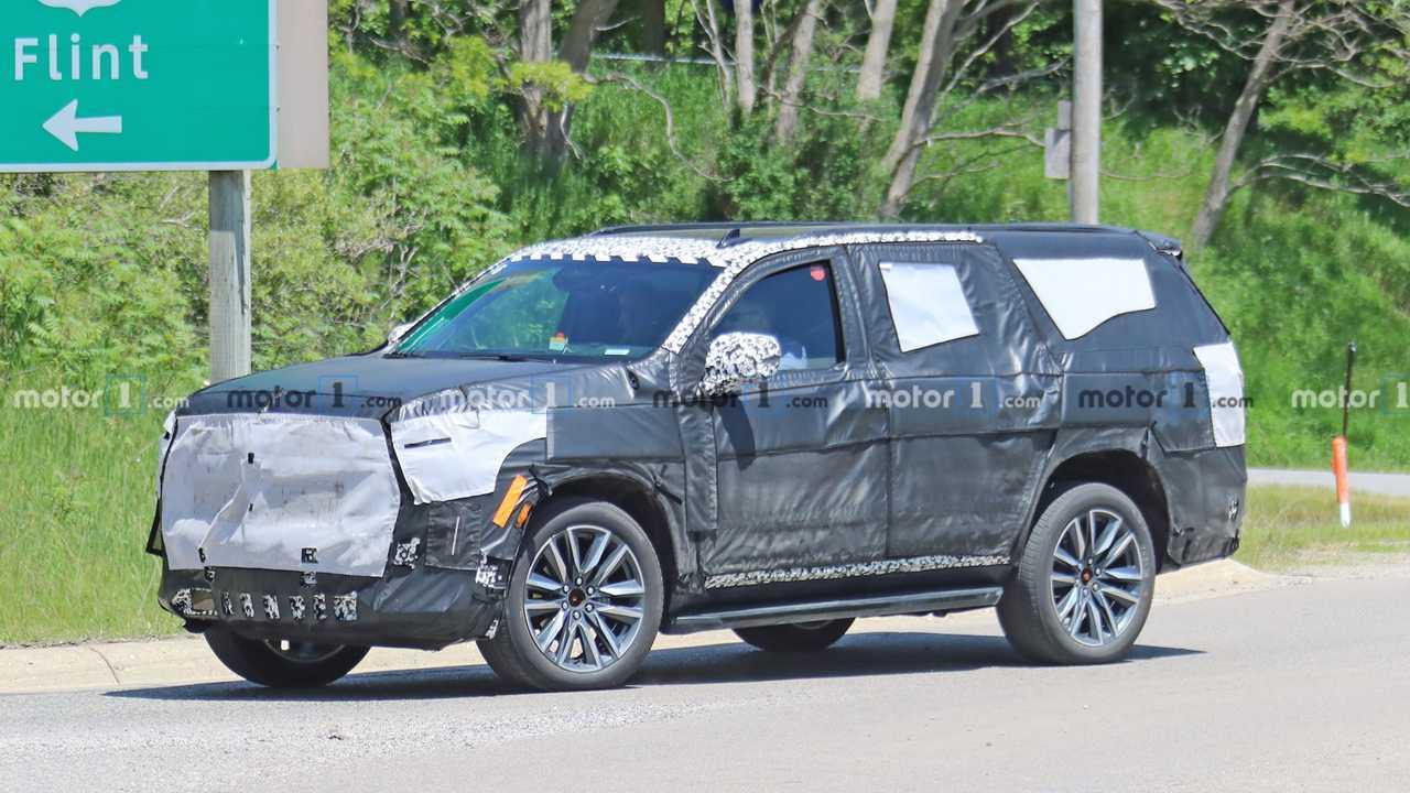 2020 Cadillac Escalade Casus Fotoğrafları