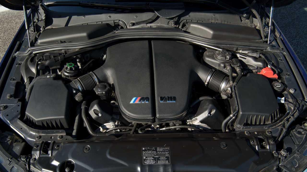 S85 - BMW M5 E60