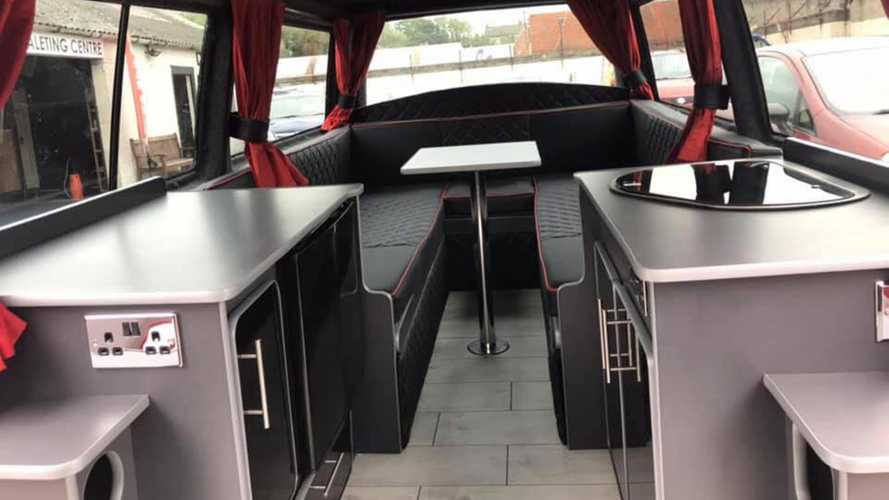 Volkswagen Transporter convertido en caravana a remolque
