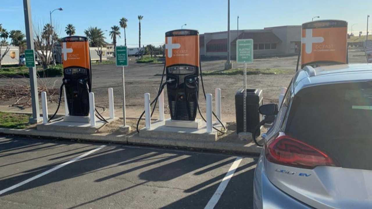 ChargePoint DC fast charging station