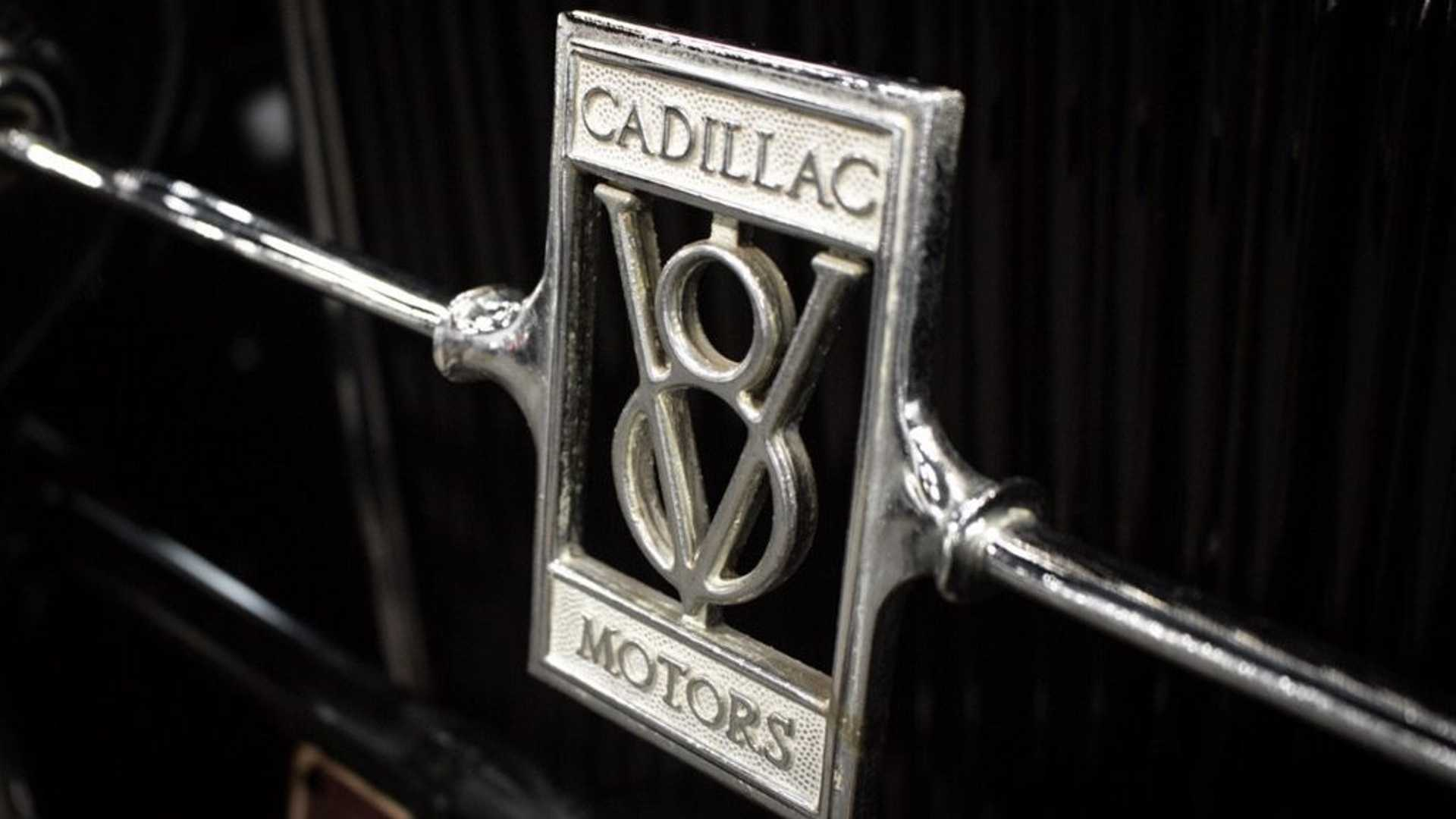 "[""This 1928 Cadillac Was Once Owned By Al Capone""]"