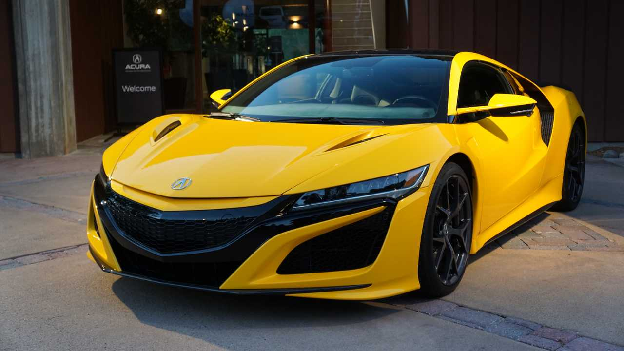 2020 Acura NSX Indy Yellow Pearl | Motor1.com Photos