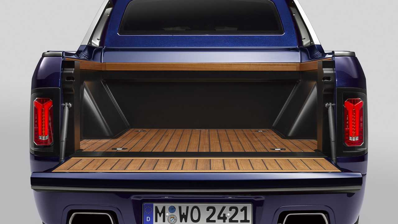 BMW X7 Official Pickup Truck Is A One-Off Luxury Workhorse
