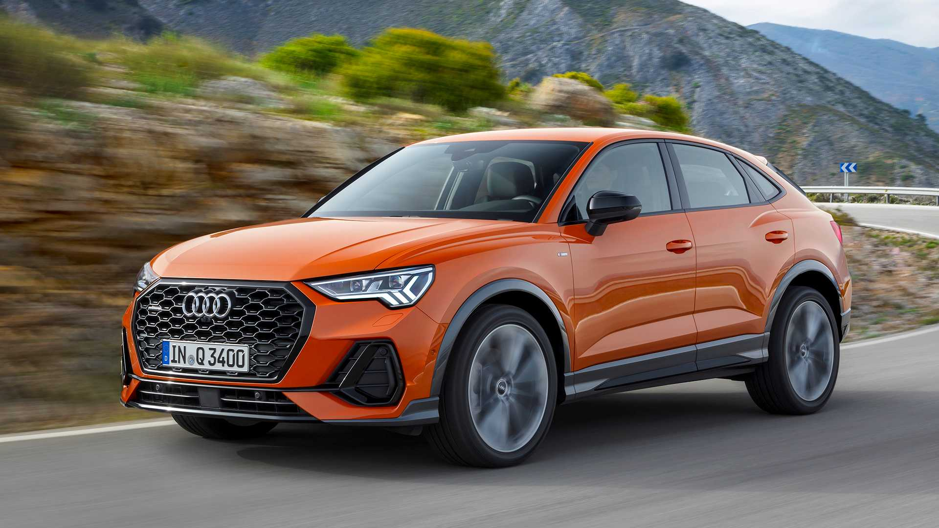 2020 Audi SQ3 Performance Crossover >> 2020 Audi Q3 Sportback Debuts With Sloped Roof Sportier Look