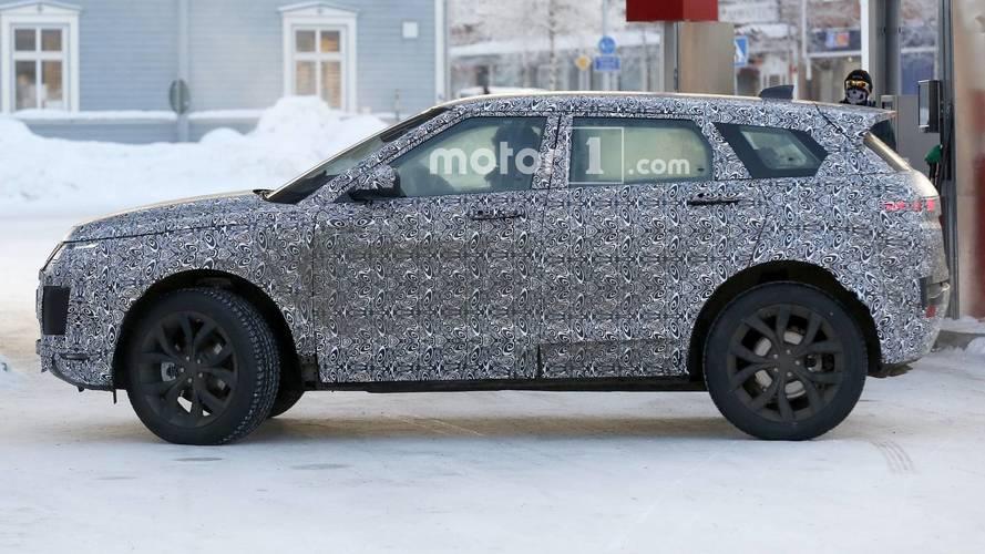 2019 Land Rover Range Rover Evoque spy photo