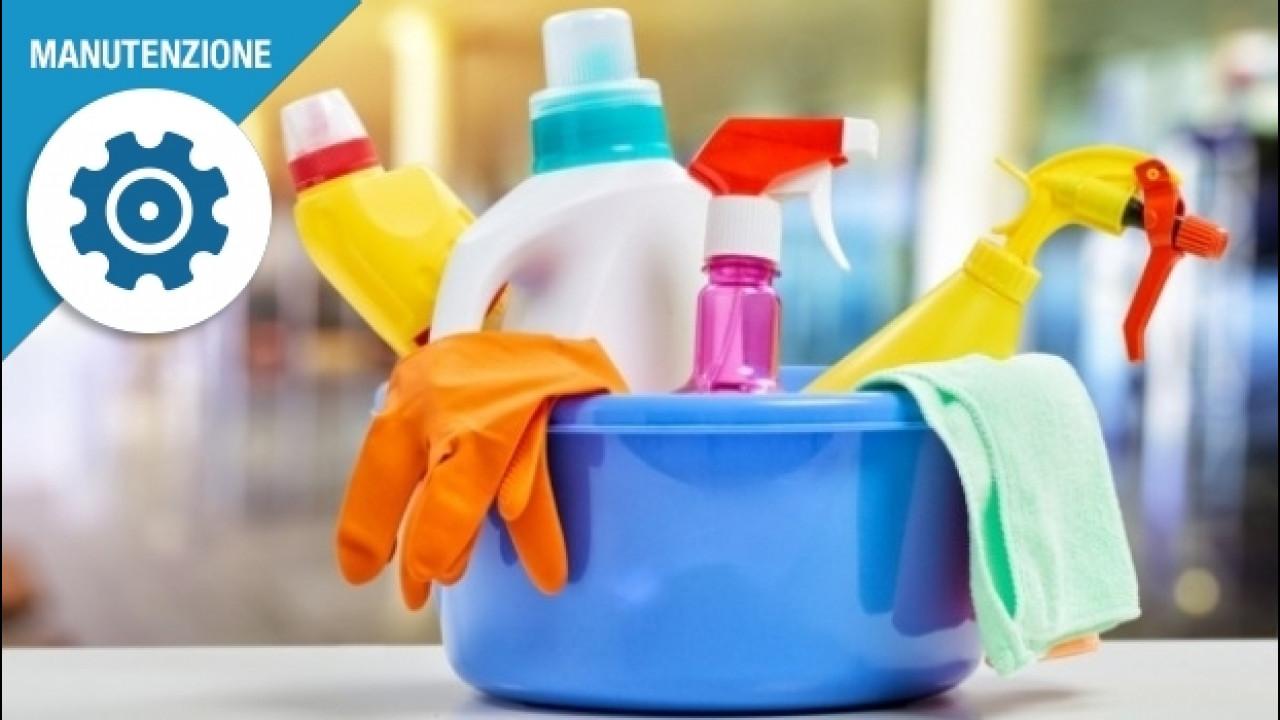 [Copertina] - Plastiche dell'auto, come pulirle senza fare danni