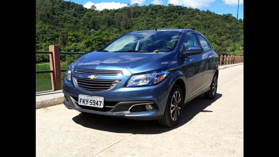 Chevrolet Onix ganha ar-condicionado em todas as versões, mas fica mais caro